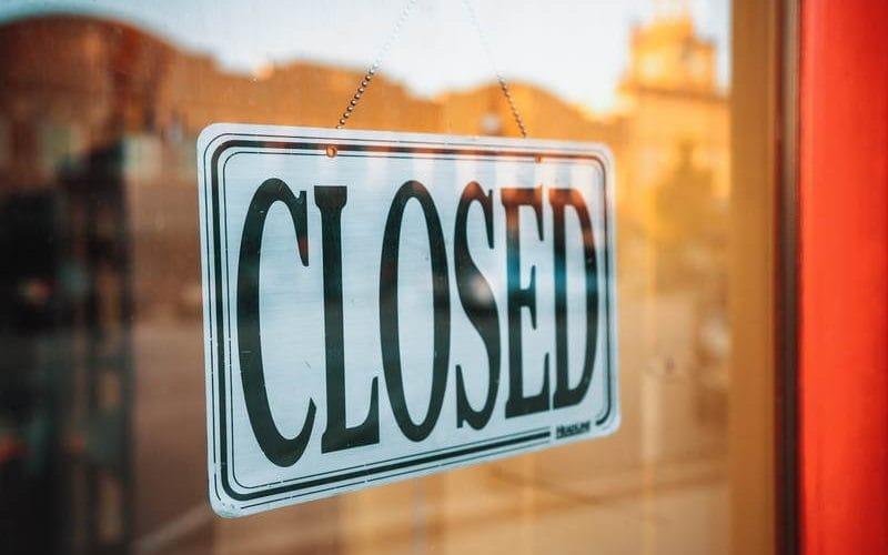 Tiendas cerradas debido a la emergencia sanitaria